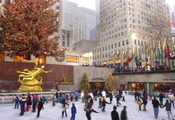 Ice-skating at the Rockefeller Centre, New York (Creative Commons)